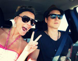 selfie-in-car