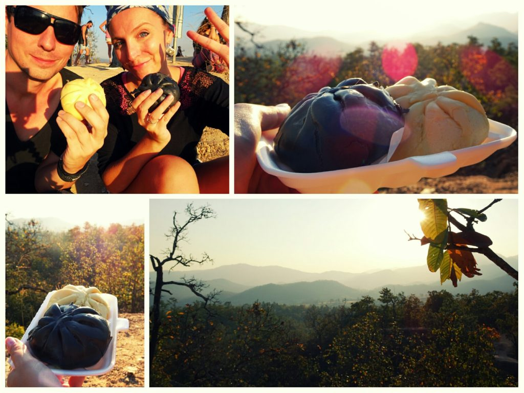 Sunset at Pai Canyon with chinese buns_best spot to see the sunset in Pai