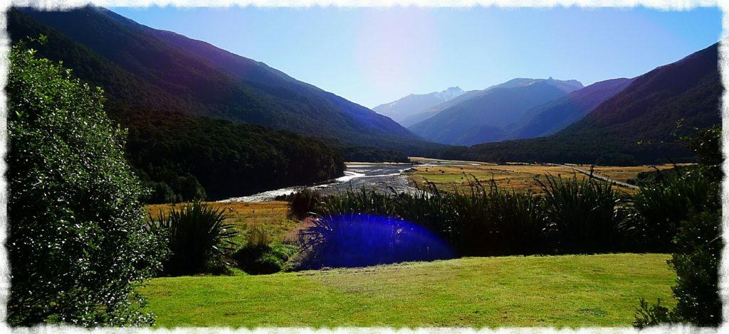 new-zealand-roadtrip-blue-pools-franz-josef-glacier-cameron-flat-campground