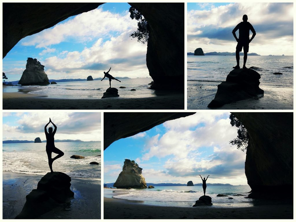 new-zealand-roadtrip-cathedral-cove-posing