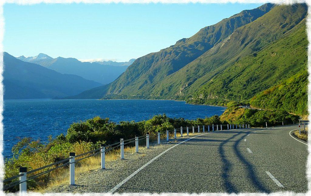 makarora-lake-hawea-road-wanaka-franz-josef-glacier