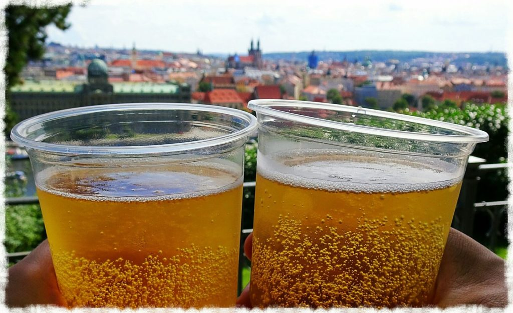 prague-day-trip-letna-beer-garden