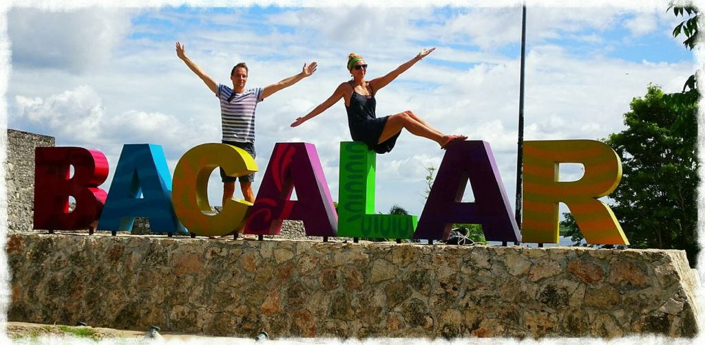 guide-bacalar-sign-town-center