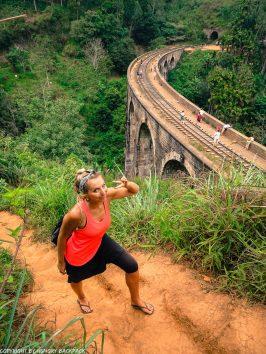 Ella hikes nine arch bridge_walk up to asanka cafe2