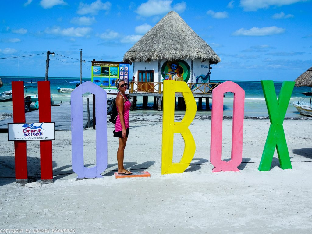 Budget Guide Isla Holbox_beautiful beaches with Holbox sign