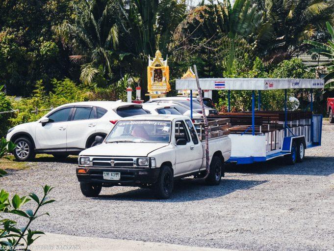 Bangkok to Ko Kut_boonsiri ferry shuttle bus from Check-In Terminal
