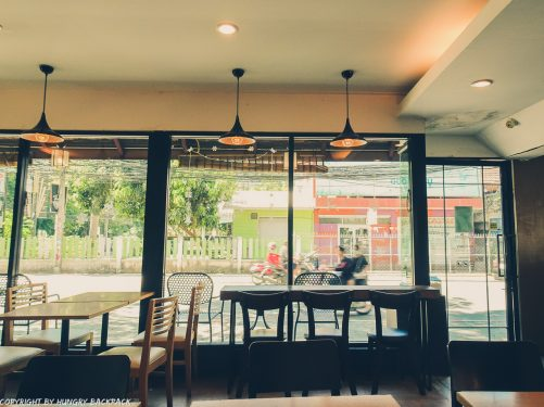 Cafes to work from_chiang mai_Nimman_Roastniyom_inside
