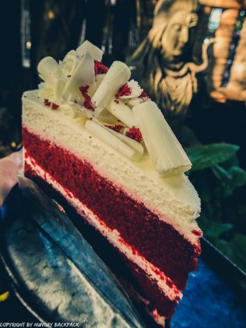 Cafes to work from_chiang mai_Old town_Clay Studio red velvet cake