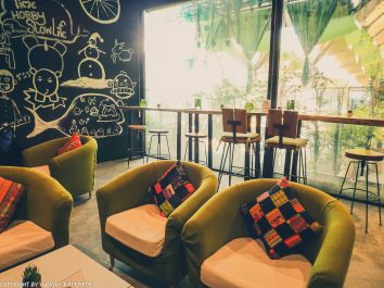 Cafes to work from_chiang mai_Santitham_MDL cafe_seating area insdie