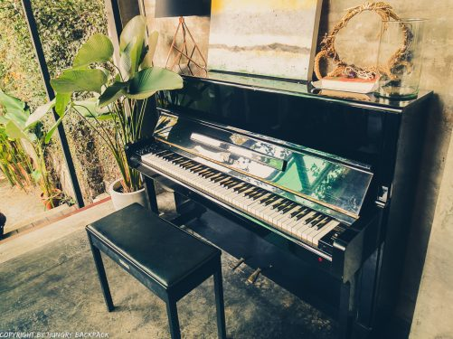 Cafes to work from_chiang mai_Santitham_Passion Project_piano2