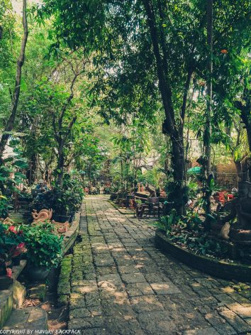 Cafes to work from_chiang mai_old Town_clay studio garden2