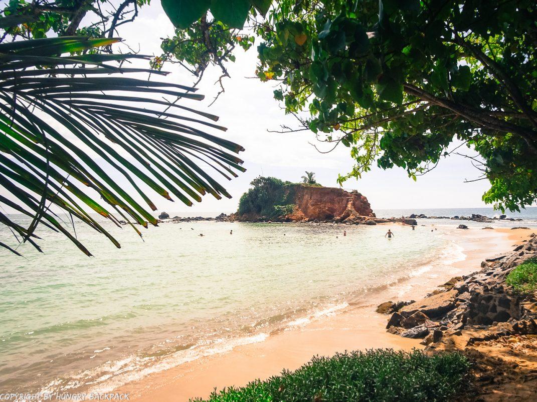 Mirissa beach_Parrot rock