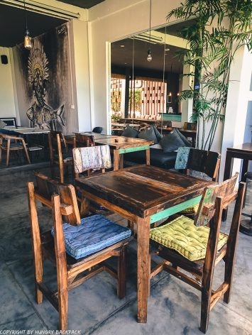 work-friendly cafes Canggu_disctrict cafe_decor