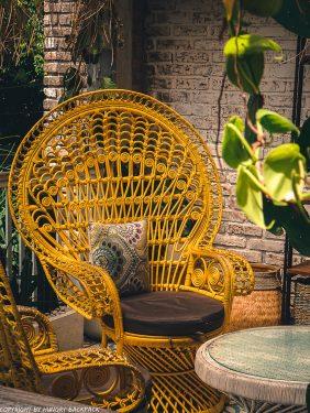 work-friendly cafes Canggu_mocca cafe_decor