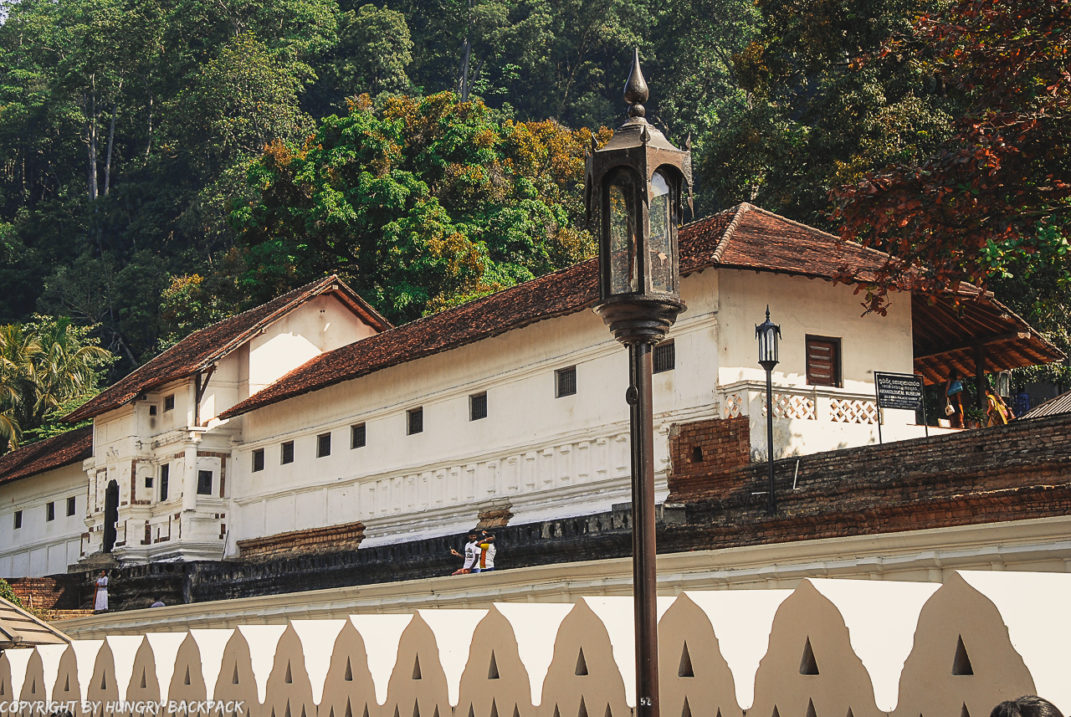 Kandy Sightseeing Tour_Temple of the Tooth outside