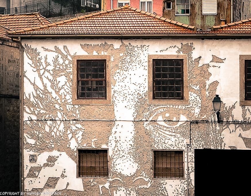 Porto best street art_look at porto by vhils