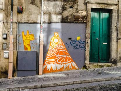 Porto streetart_Rua das Flores_Chei Krew and Hazul