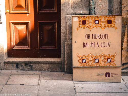 Porto street art_Rua das Flores_electrical box_godmess 2