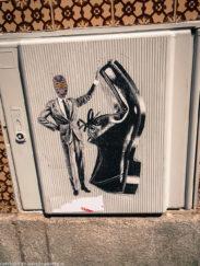 Porto street art_Rua de Miguel Bombarda_sticker_
