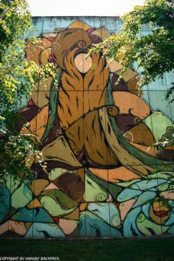 Porto street art_Trinidade_Hazul faceless Madonna