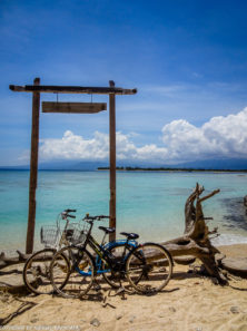 Gili Trawangan on year after earthquake_bike tour around island with fantastic views