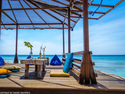 Gili Trawangan on year after earthquake_restored beach bar