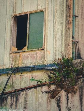 broken window_abandonded cruise ship_Koh Chang