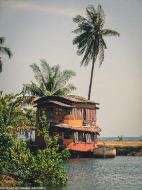 floating accommodation Grand Lagoona Resort_Koh Chang