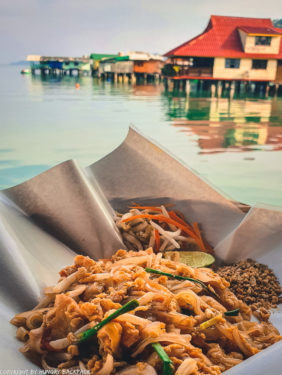 Bang Bao Fishing village_chillhouse_sea views and Pad Thai