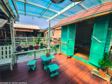 Bang Bao Paradise Homestay - double room with seating area