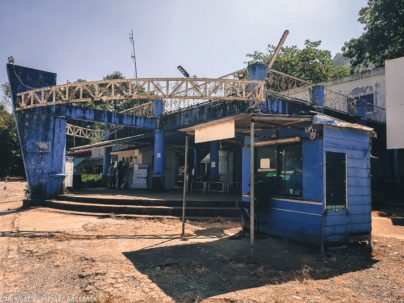 Ticket Office at Centerpoint Ferry Pier Koh Chang_DIY_999 Government Bus