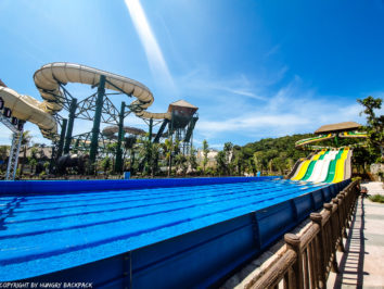 Aquatopia water park_Octopus race track and Anaconda slides