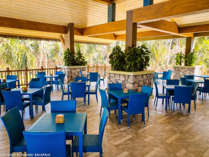 Aquatopia water park sun bun restaurant