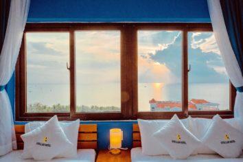 Stellar Hotel Qhu Quoc - Twin room